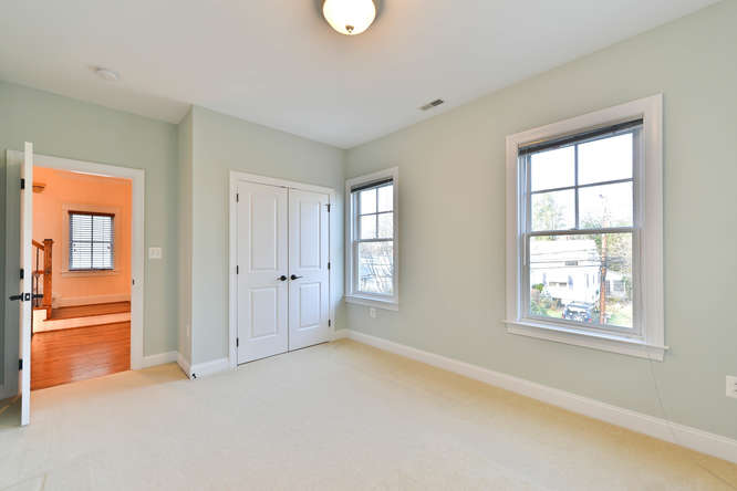 4516-chestnut-st-bethesda-md-room